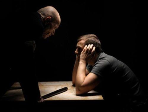 Информация о том, как необходимо себя вести при общении с сотрудниками правоохранительных органов